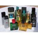 Lot de 16 flacons de parfum factices